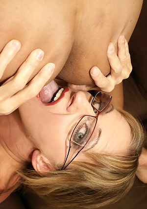 Moms Rimjob Porn Pictures